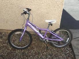 """Girls Giant 20"""" bike SOLD"""