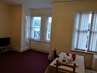 Spacious 2 bedroom flat in Harrow Rd, West Worthing for rent