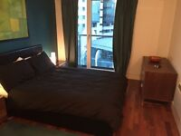 1 beautiful double bedroom, view of Shard, sharing apartment with 1 LGBT guy.