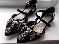 Like new - Boden Black Velvet Mary Jane Shoes Size 4 / 37