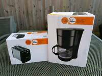 Coffee Maker and Toaster Set - European 2 Pin Plugs