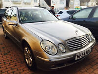 MERCEDES E270 54 REG 2004 WITH BLACK LEATHERS BLUETOOTH 2 OWNERS COMPLETE MOT HISTORY