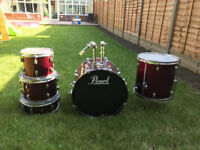 Pearl Forum Series Shell Pack and Snare Drum