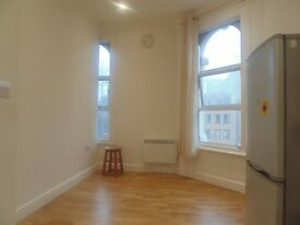 THIS BEAUTIFUL STUDIO OR ONE BED FLAT IS READY NOW. NEXT TO CAMBERWELL ART COLLEGE
