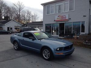 2005 Ford Mustang Sports coupe!