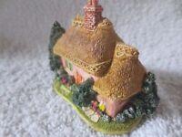Lilliput miniature cottage 'Golden Years'