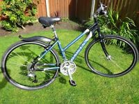 DAWES ladies 301 Discovery hybrid bike. Nearly new. 24 gears.