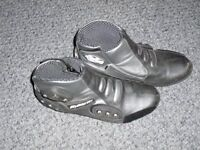BOOTS for minimoto racing mans size 8 BLACK in excellent condition