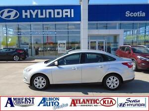 2013 Ford Focus SE ONE OWNER