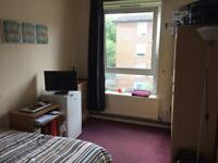 Amazing opportunity double room to rent zone 1 with tv and fridge TV and house with living room