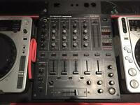 Pioneer CDJ 800 mk2 (x2) DJM 500 & flight case