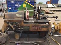 Piset pipe cutting and threading machine