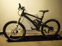 Whyte 146s Carbon Fibre Full Suspension Mountain Bike