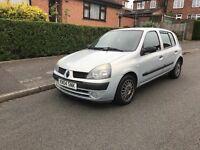 Renault Clio 1.2L petrol good little runner bargain