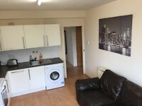 3 DOUBLE ROOMS IN A LOVELY FLAT IN KINGSTON