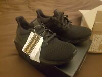 BRAND NEW (with tags and reciept) Ultra Boost Triple Black uk Size 7
