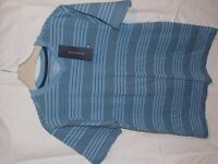Brand New with Tags Boys 100% cotton Tommy Hilfiger V-Neck T-Shirt Blue and Navy stripes Age 12-14
