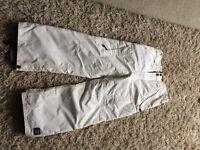 Children's snowboard pants (size 9-10)