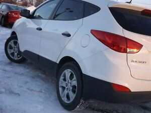 2014 Hyundai Tucson GL   ONLY 42K!   NO ACCIDENTS   ALL WHEEL DR Stratford Kitchener Area image 9