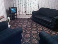 upper floor 2 bedroom flat furnished