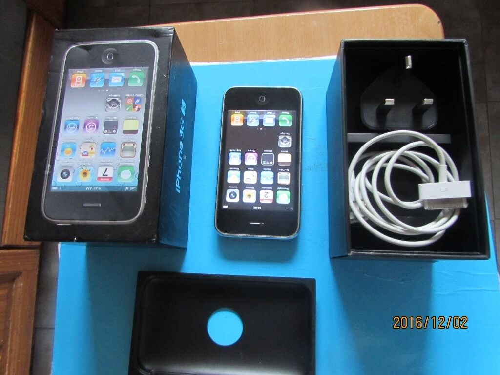 Apple iphone 3GS black boxed Good condition