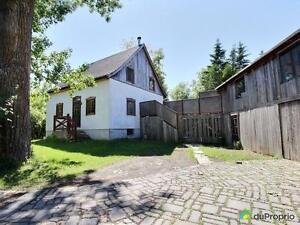 320 000$ - Maison 2 étages à vendre à Carignan