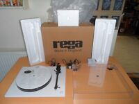 Rega Planar 1 Turntable - Latest Model - Fully Boxed and Complete - Works Perfectly