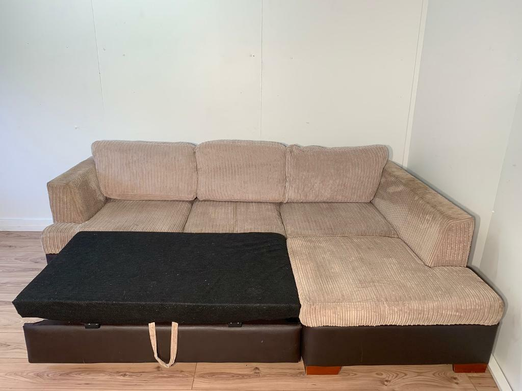 Wondrous Beige Fabric Corner Sofa Bed With Free Delivery Within London In Clapham London Gumtree Cjindustries Chair Design For Home Cjindustriesco