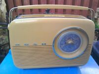 Bush TR2 retro radio