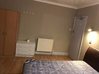 Double rooms for rent on Markham road Winton