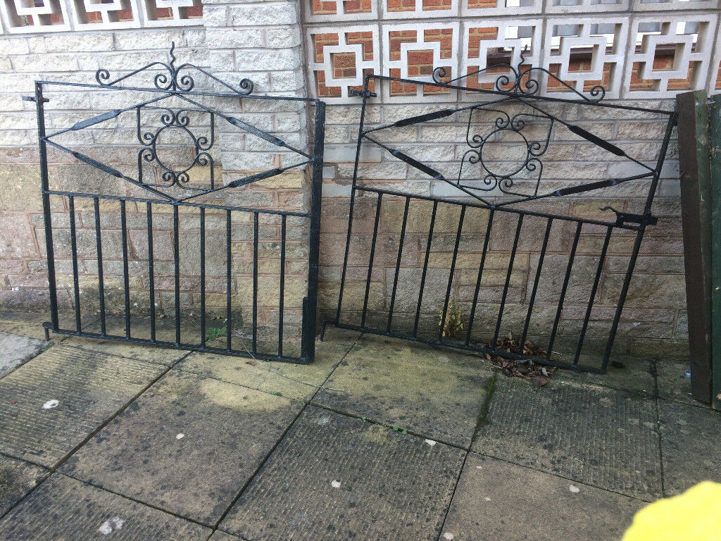 Iron double Gates for driveway
