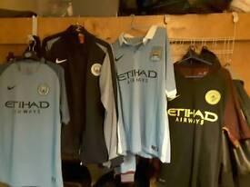 Manchester city large mens shirts