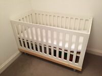 OEUF COT BED / CRIB
