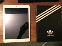 iPad Air 16GB Silver - Mint condition.