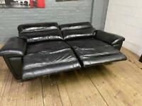 BLACK LAZBOY LEATHER SOFA ELECTRIC RECLINER IN GOOD CONDITION