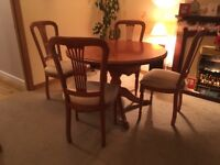 ROSSMORE SHERRY LEGACY DINING TABLE AND CHAIRS