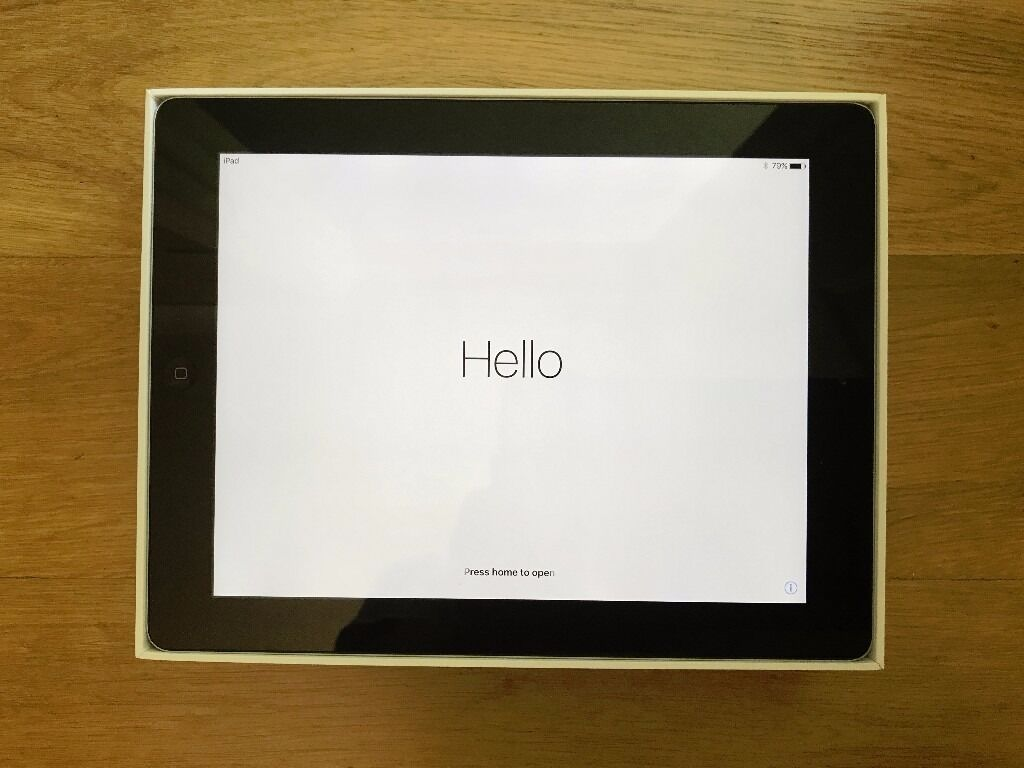 iPad 4th Generation 9.7in 32GB WiFi Black with Smart Cover