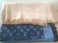 Louis Vuitton Monogram Shawls with receipt Dune & Monogram Denim Black Bargain. £685