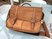 Kenneth Cole leather briefcase / messenger bag