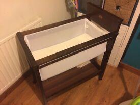Baby bassinet / cot / crib