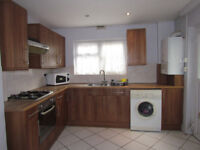 Extra Large Double rooms in Lewisham - amazing value act fast they will go!!!