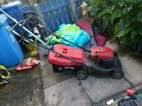 Petrol lawnmower mount field