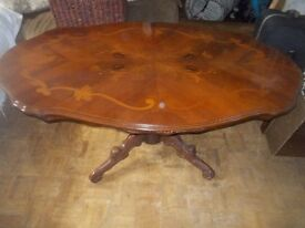 LARGE OVAL COFFEE TABLE ** 120cm long x 70cm wide ** CLACTON ON SEA - CO15 6AJ