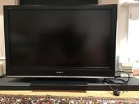SONY BRAVIA LCD KDL40S3000 TV. FULL WORKING ORDER