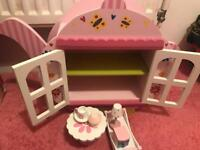 Tea pot dolls house