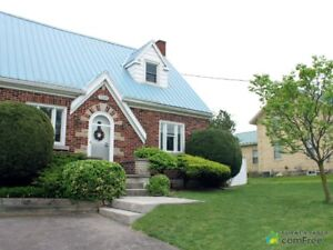 $549,000 - 2 Storey for sale in St. Jacobs
