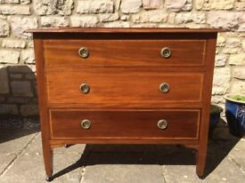 IMMACULATE *CWS* ANTIQUE RETRO MAHOGANY INLAID WOOD CHEST OF 3 DRAWERS CASTORS