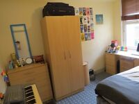 COSY BEDROOM TO RENT IN SMALL, FRIENDLY FLATSHARE