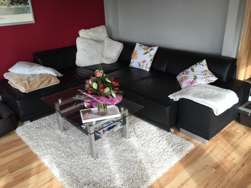 eck garnitur sofa ecke schwarz kunstleder in niedersachsen rinteln ebay kleinanzeigen. Black Bedroom Furniture Sets. Home Design Ideas