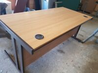 1600 mm light oak office desks top spec